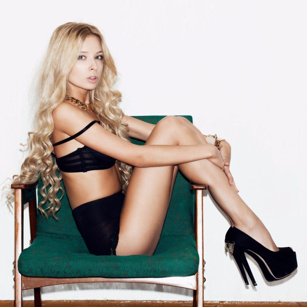 Slim Blonde Escort In Sexy Lingerie