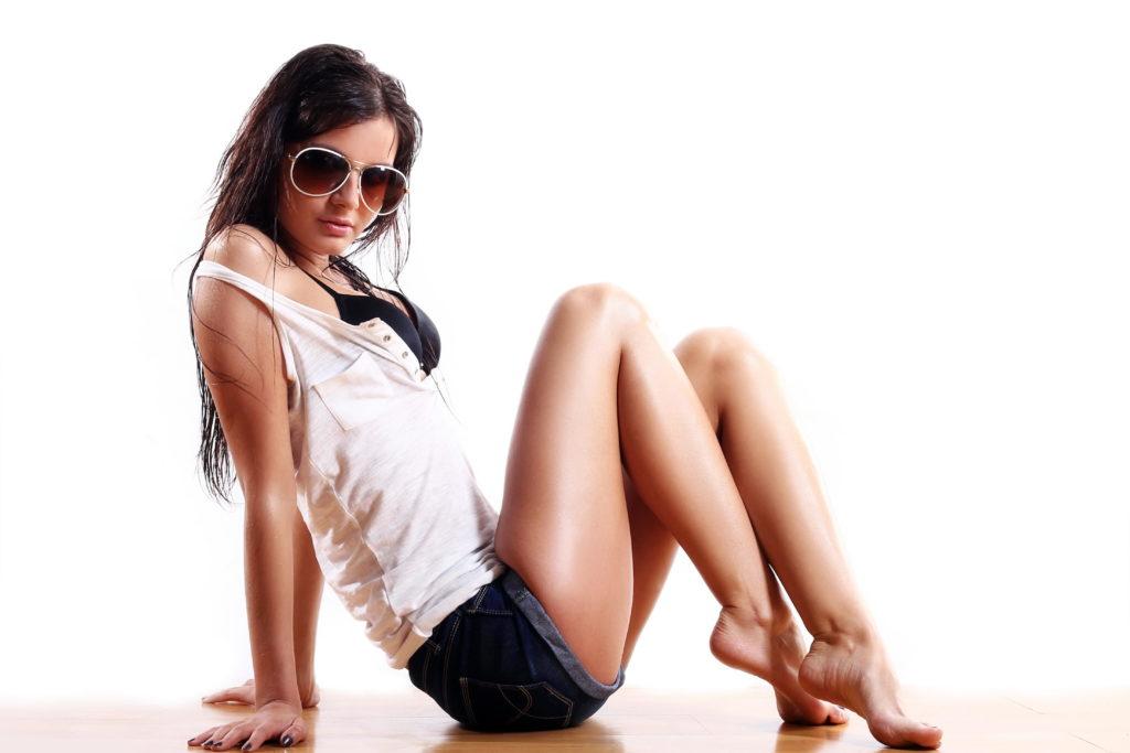 Sexy Leggy Brunette Escort - XLondonEscorts