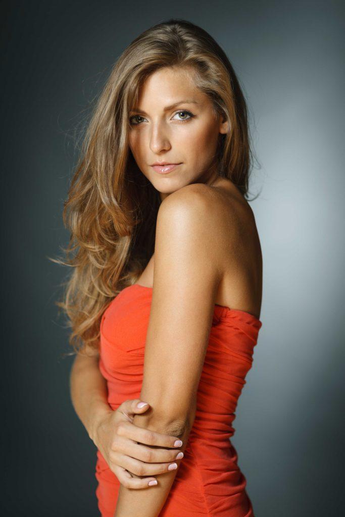 Beautiful Lady From Kingston Escorts