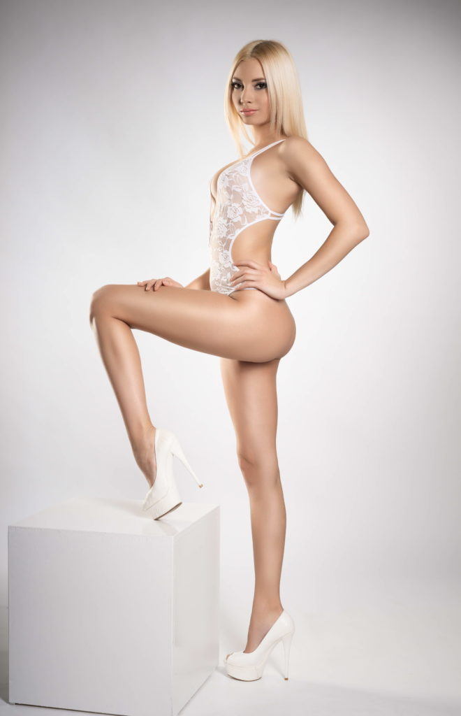 Skinny Fit Blondie