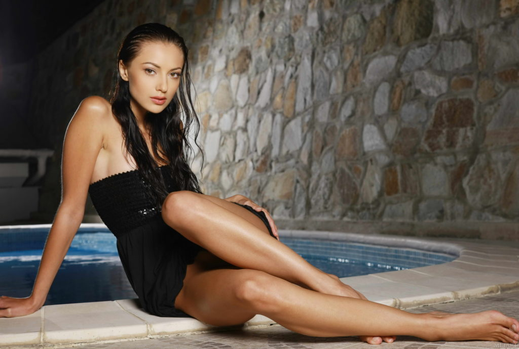 London Escorts Sexy Wet By The Pool
